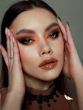 Yulia Pishchelina, makeup artist din Rusia Sankt Petersburg
